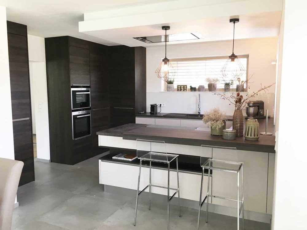 referenzen und zufriedene kunden k che und wohnen sch tz gmbh. Black Bedroom Furniture Sets. Home Design Ideas